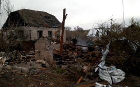 Штаб АТО показал последствия мощного обстрела боевиков в Луганском: опубликованы фото