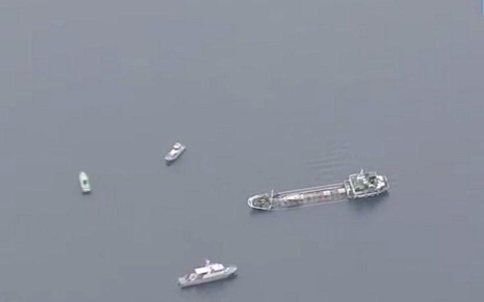 Біля берегів Японії затонув танкер із сотнями тонн отрути: з'явилося відео