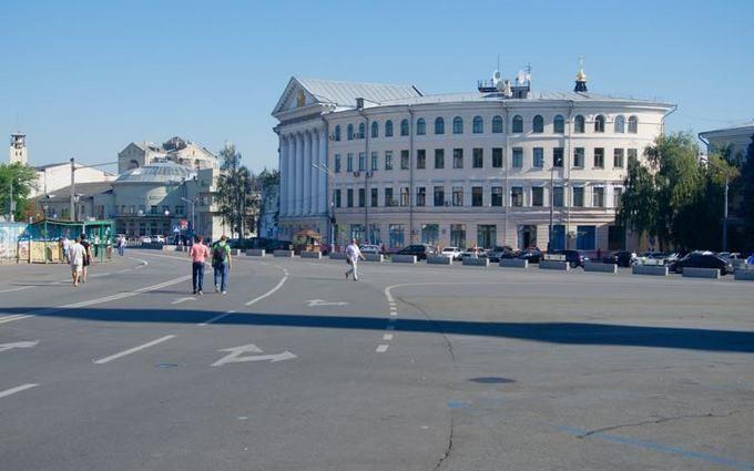 Врамках опыта ссегодняшнего дня часть Контрактовой площади украинской столицы стала пешеходной