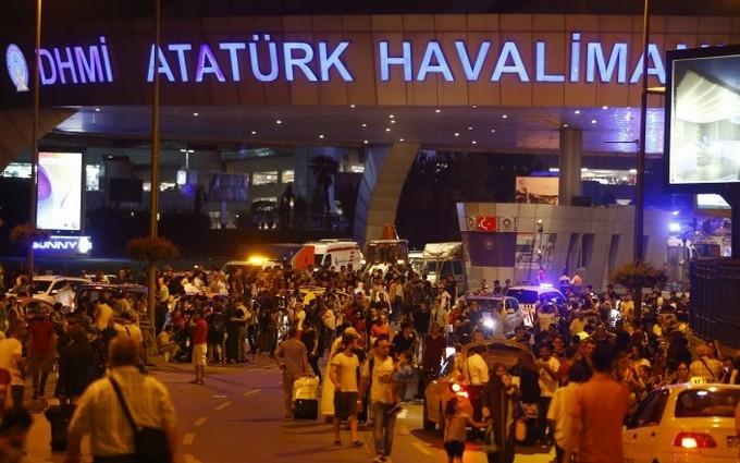 Теракт у Стамбулі: поліція провела масовий арешт росіян