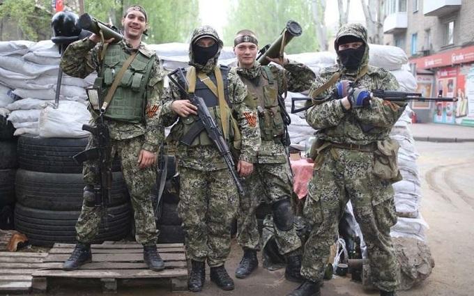 В окупованому Луганську людей розганяли автоматами за бажання зателефонувати - очевидець