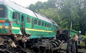 В Хмельницкой области столкнулись поезда, среди пострадавших есть дети: появились фото