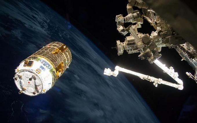 Японія відправила на МКС безпілотну вантажівку: опубліковано вражаюче відео