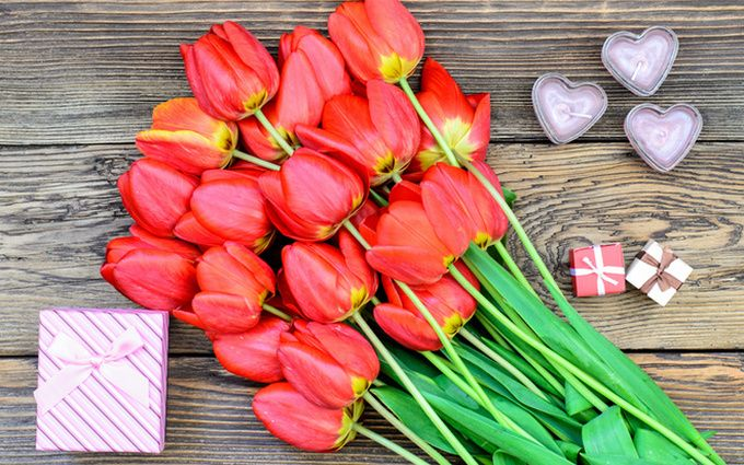 Оригинальные и красивые поздравления с 8 марта - стихи, картинки и проза