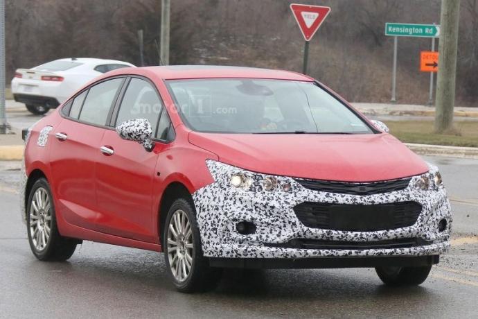 Компанія Chevrolet вивела на тести гібридний Cruze (5 фото) (1)
