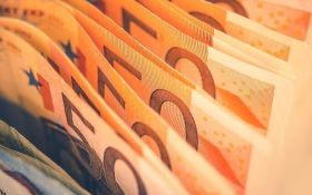Курс валют на сьогодні 12 січня: долар не змінився, евро не змінився