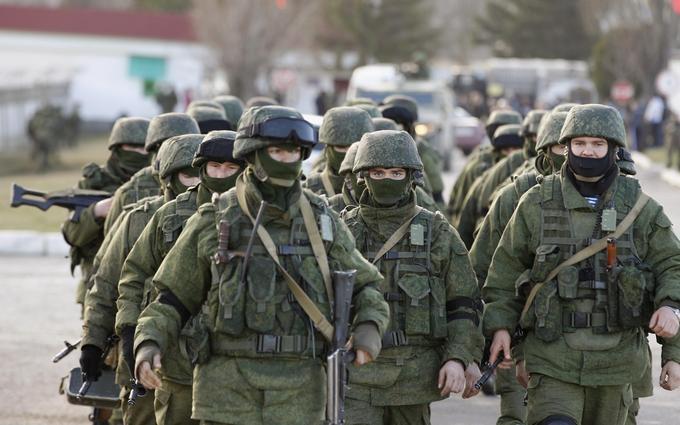 Стягування російських військ до Криму: з'явилися фото і відео