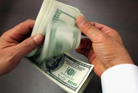 Многих стал интересовать курс доллара онлайн