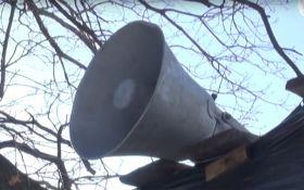 Боевиков ЛНР заставляют ежедневно слушать гимн Украины: появилось видео