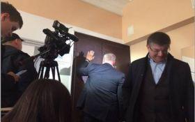 """План """"здачі"""" Криму: у Києві проходить обшук в офісі центру досліджень, з'явилися фото і відео"""