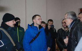 У Миколаєві зірвали пропагандистську акцію партії Медведчука: з'явилися фото