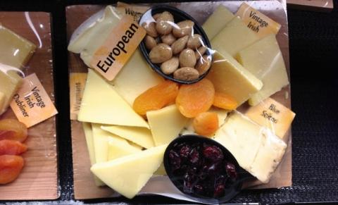 РФ зняла заборону на ввезення швейцарських сиру і м'яса