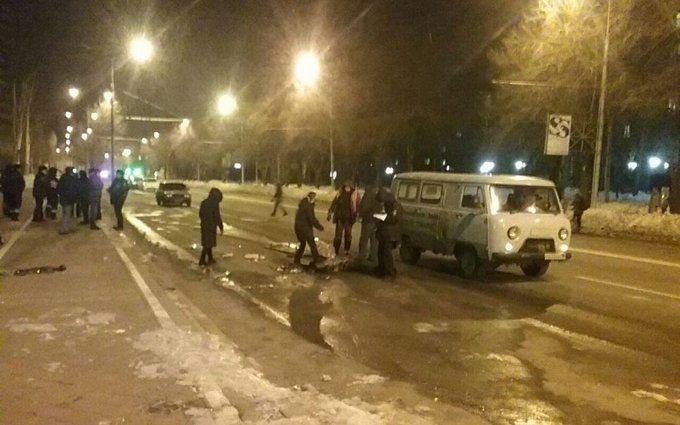 У центрі Донецька стався страшний смертельний вибух: опубліковано відео