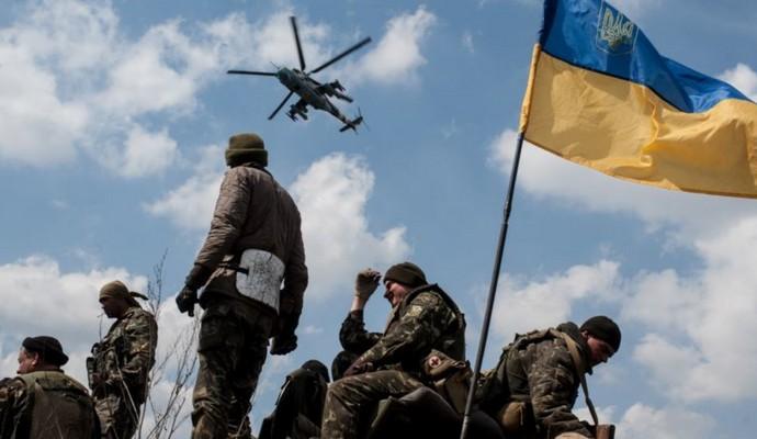 На Рождество позиции украинских военных в зоне АТО обстреляли 24 раза