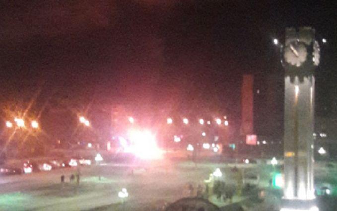 В Магнітогорську поряд з обваленим будинком вибухнула маршрутка - загинули люди