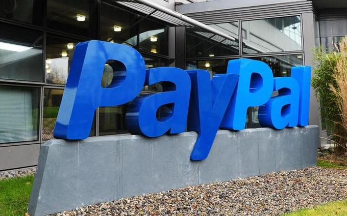 Украинцам посоветовали не ждать развития в стране системы PayPal