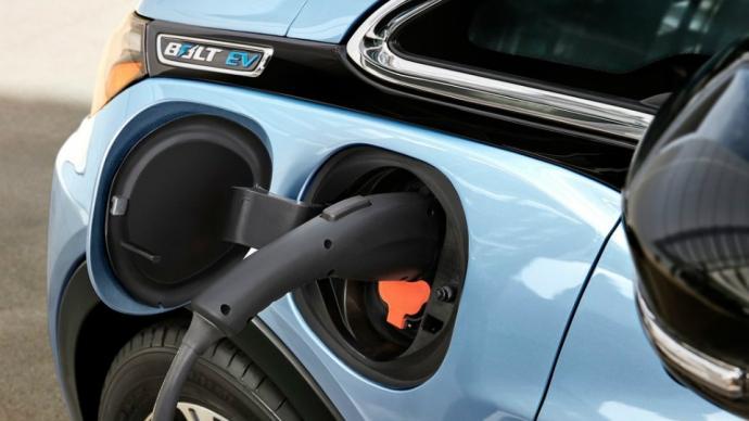 Електрокар Chevrolet Bolt отримав 200-сильний мотор (5 фото) (3)
