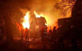 В санатории в Одессе произошел крупный пожар: появилось видео