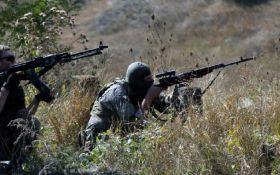 Боевики из гранатометов и пулеметов атакуют силы ООС на Донбассе: среди бойцов ВСУ есть раненые
