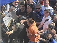 Аваков обвинил в трагедии под Радой Тягнибока