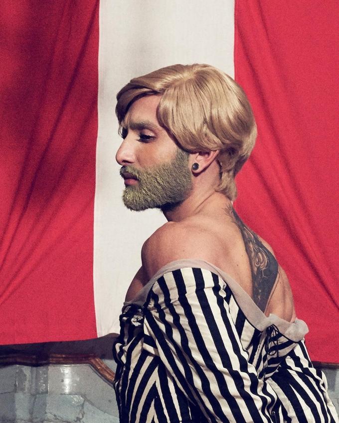Блондинка з бородою: Кончіта Вурст шокувала кардинальною зміною іміджу (1)