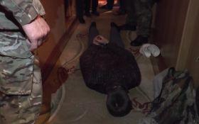 """На Волині спіймали бандита, який влаштував """"бойовик"""" з заручниками: з'явилися фото і відео"""