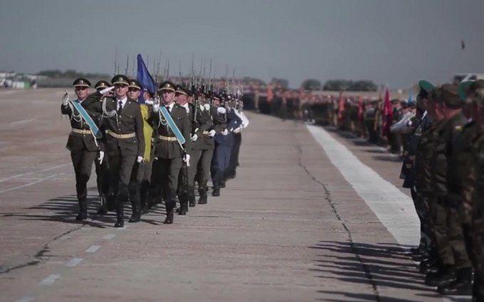 На репетиції параду в Києві показали нову форму ЗСУ: опубліковано відео