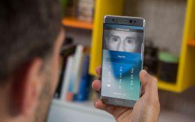 Сканер радужки глаза Samsung удалось обмануть контактной линзой: появилось видео