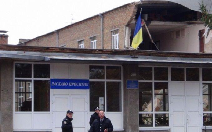 У Кабміні озвучили свою версію моторошної НП в школі під Києвом