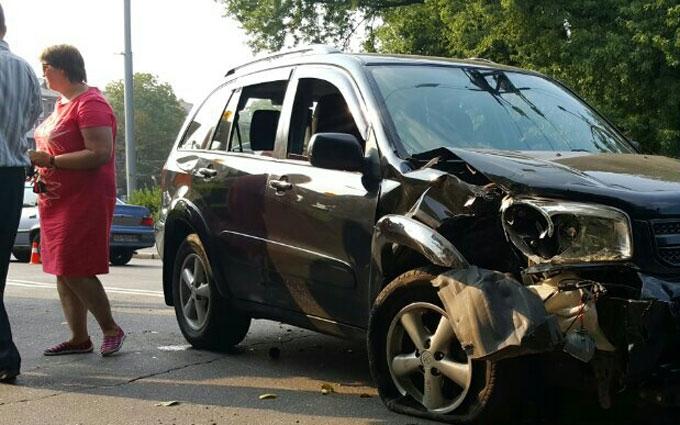 У масштабній ДТП в Києві постраждали 4 авто: з'явилися фото