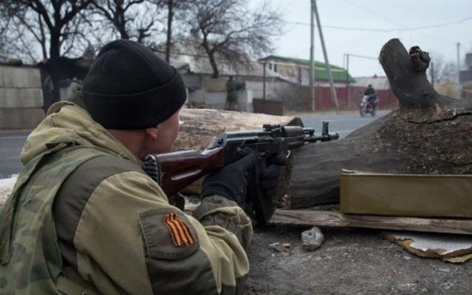 Бойовики на Донбасі стріляють з житлових кварталів: з'явилося відео