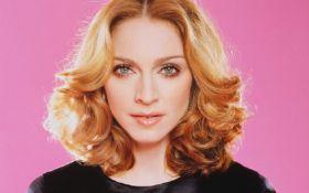 """До мами їй далеко"": фанати жорстко розкритикували доньку Мадонни"
