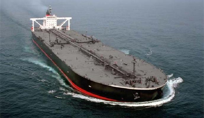 Танкер с нефтью из США прибыл в Европу впервые за 40 лет