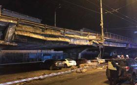 Масштабний обвал мосту в Києві: опубліковані нові фото і відео