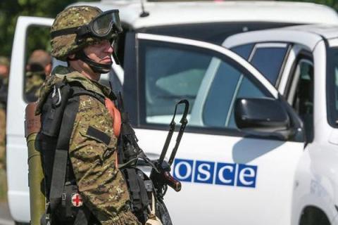 На Донбасі ОБСЄ виявила важке озброєння (1)
