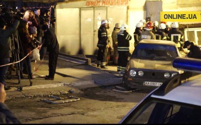 Новые кадры с места обвала дома в Киеве: опубликовано видео