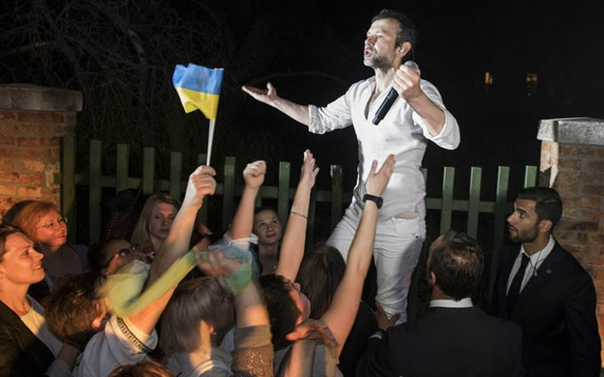 Вакарчук подякував шанувальникам, які допомагають літати: опубліковано фото