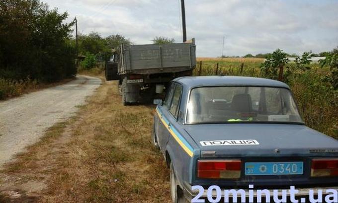 Розстріл поліцейських в Україні: з'явилися фото з місця злочину (1)