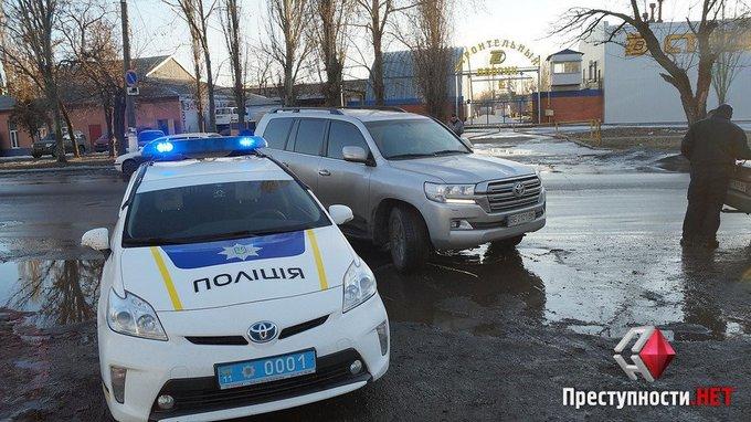 Пьяный депутат разъезжал по Николаеву: появились фото и видео (4)