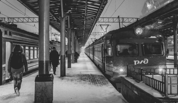 Правительство: стабильное передвижение поездов обеспечено