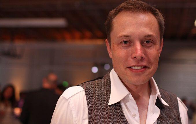 Все, чтобы спасти детей: Маск собрал субмарину из частей ракеты Falcon 9