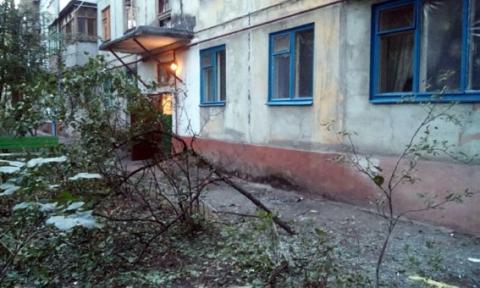 У Маріуполі з РПГ стріляли по житловому будинку (7 фото) (5)