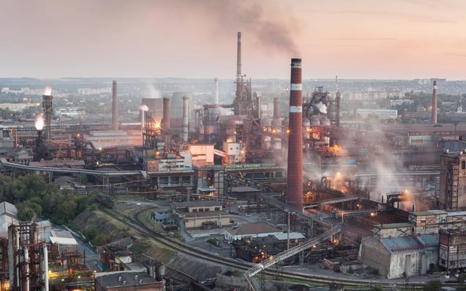 В оккупированном Донецке закрывают главное предприятие города