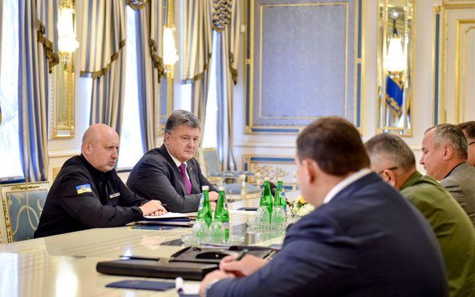 Загострення в Криму: Порошенко прийняв важливе рішення