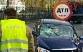 У серйозній аварії в Києві постраждали відразу 4 людини: з'явилися фото