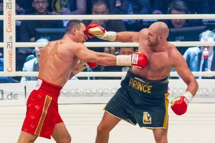 Бой-реванш между Фьюри и Кличко может пройти 7 мая в Германии