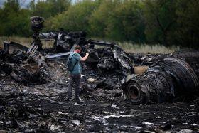 У кума Порошенка висміяли нову заяву Кремля по загибелі MH17