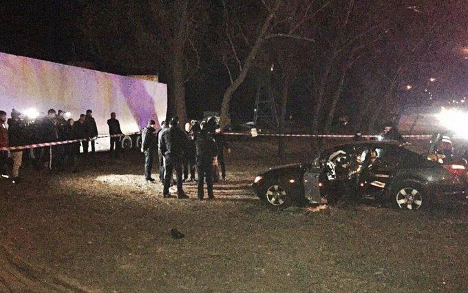 Застреливший пассажира BMW полицейский причастен к задержанию автомайдановцев - депутат