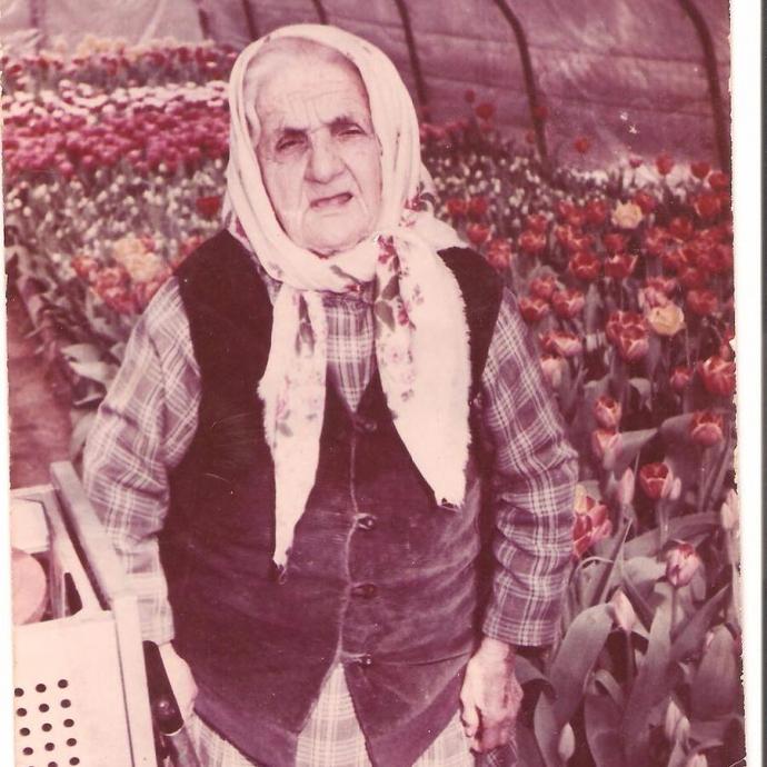 """""""Помним о трагедии"""": Джамала показала архивные фото своей крымскотатарской семьи (3)"""