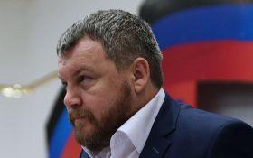 """Анекдот року: одному з ватажків """"ДНР"""" не дали паспорт фейкової """"республіки"""""""